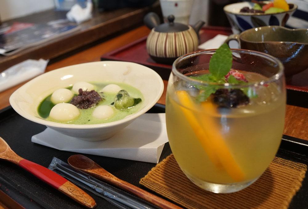 静岡で最古のお茶カフェ「茶楽」の名に込めた願い【静岡県・興津本町】