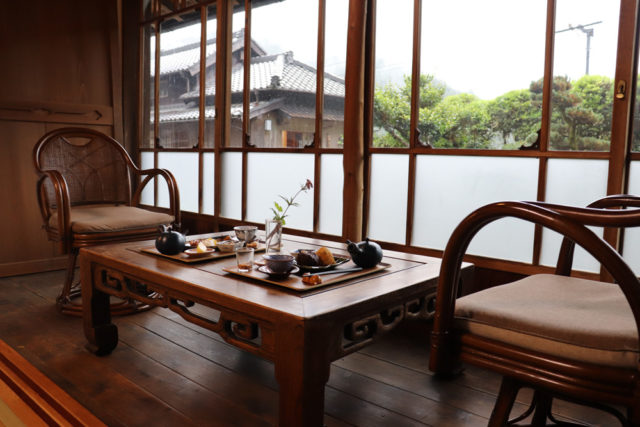 築170年の「古民家カフェかつやま」で楽しむ本山茶【静岡県・本山茶】
